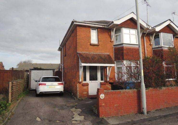 Three Bedroom Semi for Long Let