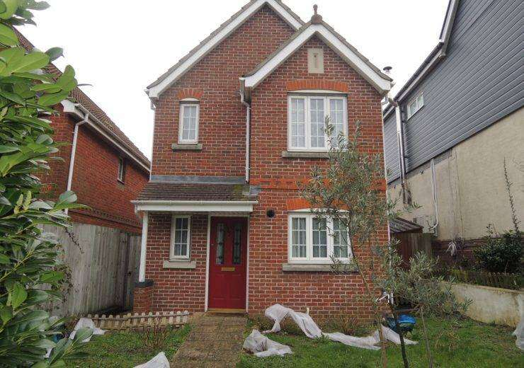 Beautiful two double bed detached home – Pet Friendly Landlord