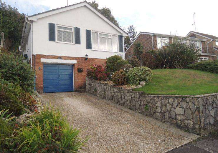 Three Double Bedrooms near Nature Reserve