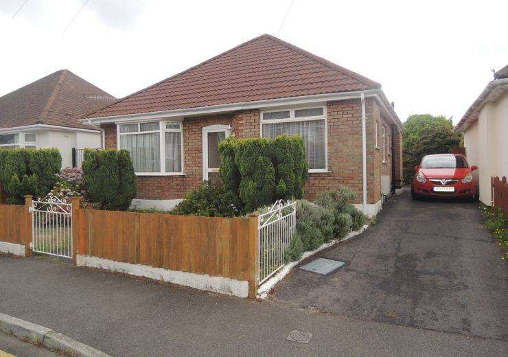 Two Bedroom Detached Bungalow in Need of Updating
